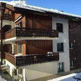 Haus Fleckstein Zermatt Wohnung Karibu — фото 3
