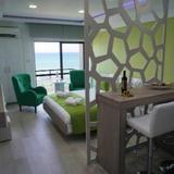 Lazuli Beachfront Apartment 405 — фото 2