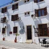 Kyrenia Reymel Hotel — фото 1