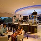Гостиница Mediterranean Beach — фото 2