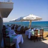 Venus Beach Residences & Hotel — фото 3