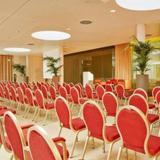 H4 Hotel Munchen Messe — фото 1