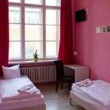 Гостиница PLUS Berlin Hostel und — фото 1