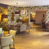 Гостиница Premier Inn London Gatwick Airport - North Terminal — фото 1