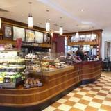 Гостиница Premier Inn London Gatwick Airport - North Terminal — фото 3