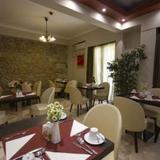 Гостиница Ambrosia Suites — фото 2
