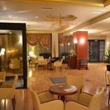 Queens Leriotis Hotel — фото 2