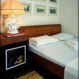 Fivos Hotel — фото 1