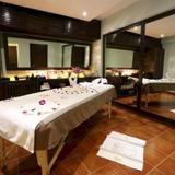 Гостиница Deltin Suites — фото 3