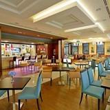 Гостиница Hilton Garden Inn Astana — фото 1