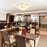 Гостиница Петро Палас — фото 1