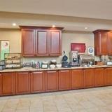 Гостиница Country Inn & Suites Atlanta-NW at Windy Hill Rd — фото 3