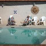 Гостиница AMBASSADOR STRIP TRAVELODGE — фото 2
