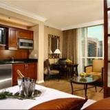 Luxury Suites International — фото 1