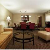 Гостиница Crowne Plaza Suites DALLAS-PARK CENTRAL — фото 2