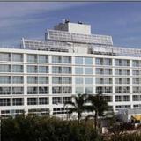 Miyako Hybrid Hotel Torrance — фото 3