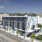 BEST WESTERN PLUS Hollywood Hills Hotel — фото 2