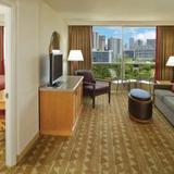 Гостиница Embassy Suites - Waikiki Beach Walk — фото 1