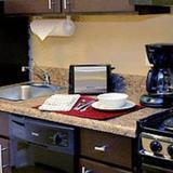 Гостиница TownePlace Suites Tampa Westshore — фото 2