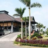Tropicana Beach Resort & Spa — фото 1