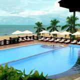Tropicana Beach Resort & Spa — фото 3